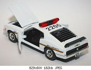 2007_2/1969_ford_mustang_boss_police_-_road_champs_-_2_small.jpg