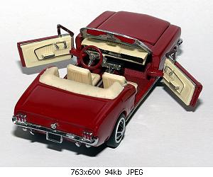 2008_2/1964_ford_mustang_-_franklin_mint_-_2_small.jpg