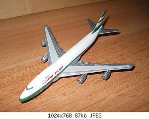 Нажмите на изображение для увеличения Название: Colobox_Boeing_747-200_Cathay_Pacific~02.jpg Просмотров: 4 Размер:87.5 Кб ID:716356
