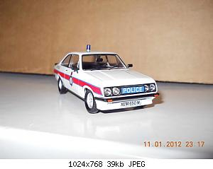 Colobox_Ford_Escort_Mk2_RS2000_Police_Trofeo~01.jpg