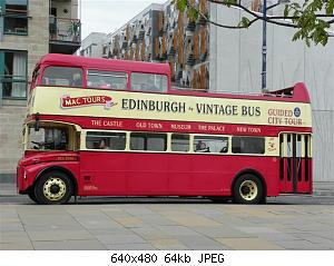 Lothian_Buses_open_top_tour_bus_RCL.jpg