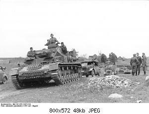 Нажмите на изображение для увеличения Название: Bundesarchiv_Bild_101I-351-1427-21A,_Russland,_Panzer_IV.jpg Просмотров: 3 Размер:47.6 Кб ID:1191572