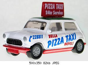 SIKU-Rover-Mini-Pizza-Taxi-1.jpg
