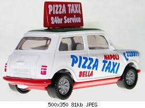 SIKU-Rover-Mini-Pizza-Taxi-2.jpg
