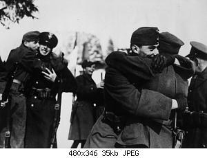Нажмите на изображение для увеличения Название: Братание солдат венгерских и польских оккупационны.jpeg Просмотров: 0 Размер:35.1 Кб ID:1204130