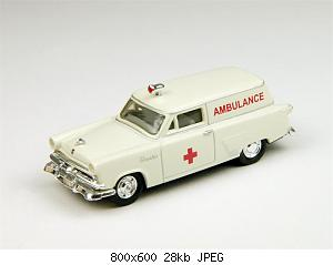 CMW 1953 Ford Courier Ambulance.jpg