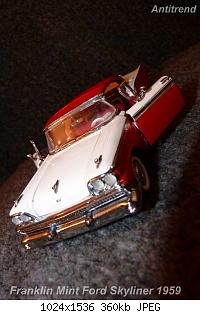 Franklin Mint Ford Skyliner 1959 10.jpg
